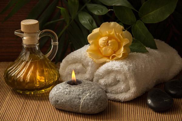 Huile de massage sensuel et érotique